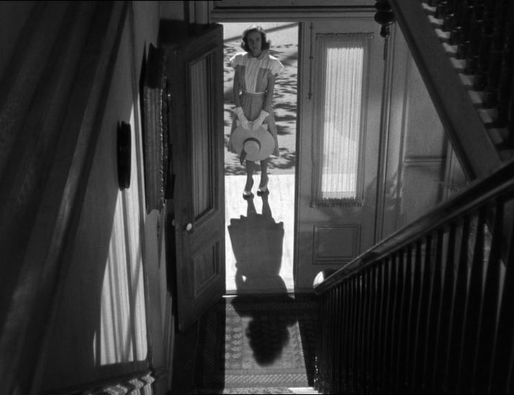 the similarities of alfred hitchcock and edward hopper essay This is a tale of two films, and a tale of two tales: in the blue corner: rebecca – alfred hitchcock's adaptation of the daphne du maurier classic in the red corner: jane eyre – fox studios' take on the equally classic charlotte brontë perennial (of which there had previously been six film adaptations.